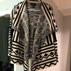 Forever 21 Sweaters - Forever 21 sweater.  EUC